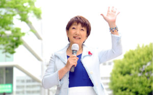 郡和子は韓国系の仙台市長元アナウンサーで夫や娘と共産党