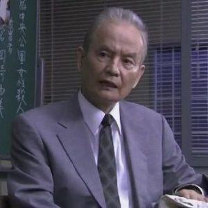 鶴太郎は洗脳されヨガに没頭!?離婚にまで追い詰めた指導者は誰?